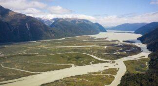"""Programa académico con la Architectural Association School of Architecture """"Futuros del agua: Arquitectura y medio ambiente en los fiordos patagónicos"""""""