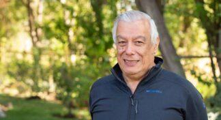 Presidente de la Fundación Senda Darwin recibe premio de la Sociedad de Ecología de Norte América